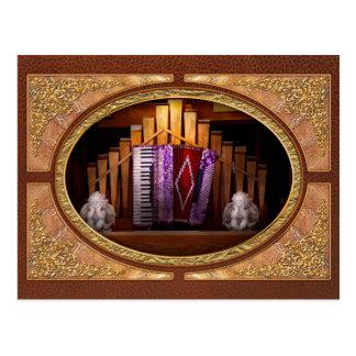 Instrumento - Accordian - el órgano accordian Tarjetas Postales