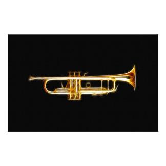 Instrumento musical del viento del cuerno de cobre  papeleria