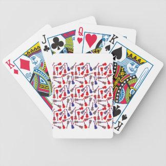 Instrumentos atados barajas de cartas