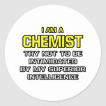 Inteligencia superior del químico… etiqueta redonda