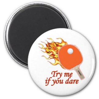 Inténteme ping-pong llameante imán redondo 5 cm