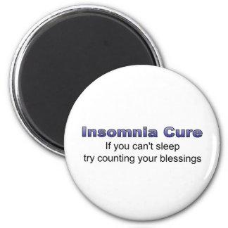 Intento de la curación del insomnio que cuenta sus imán