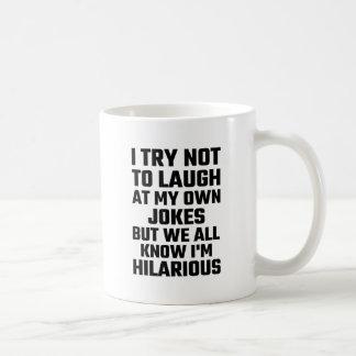 Intento no reírme de mis propios chistes pero soy taza clásica