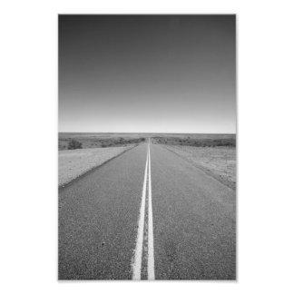 Interior camino Australia, blanco y negro - Fotografía