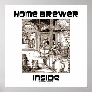 Interior casero del cervecero (elaboración de la c póster