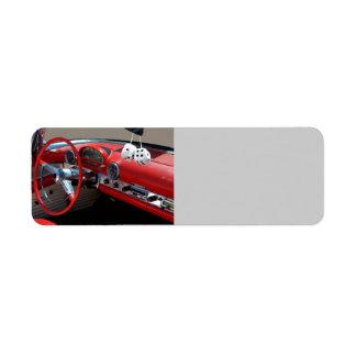 Interior clásico del coche etiquetas de remite