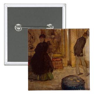 Interior con dos figuras, 1869 pin cuadrada 5 cm