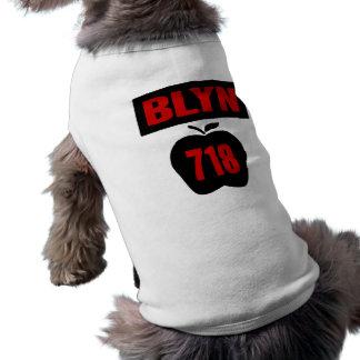 Interior de Apple grande con la bandera, de BLYN 7 Camisetas De Perro