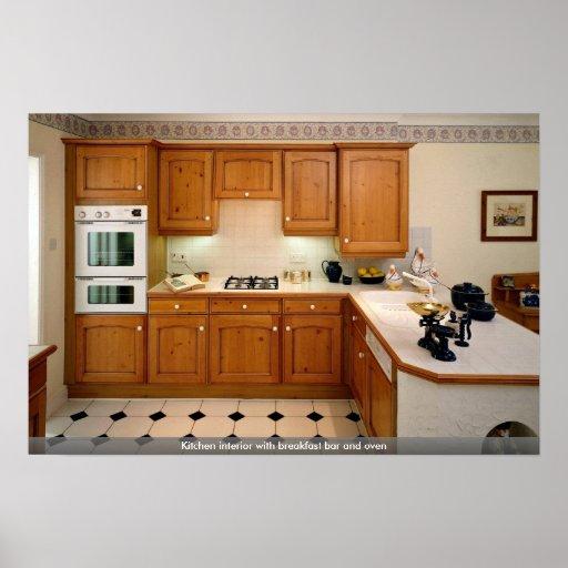 Interior de la cocina con la cafetería y el horno impresiones