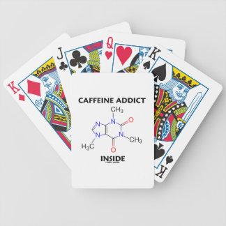 Interior del adicto a cafeína molécula del baraja de cartas