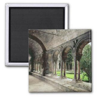 Interior del claustro imán cuadrado