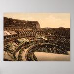 Interior del Colosseum, Roma, Italia Poster