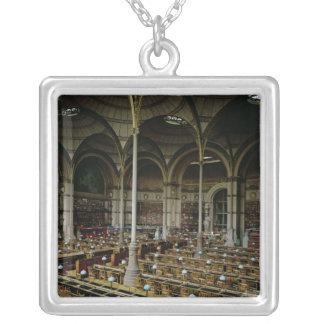 """Interior del """"DES Imprimes de Salle"""", 1868 Collar Plateado"""
