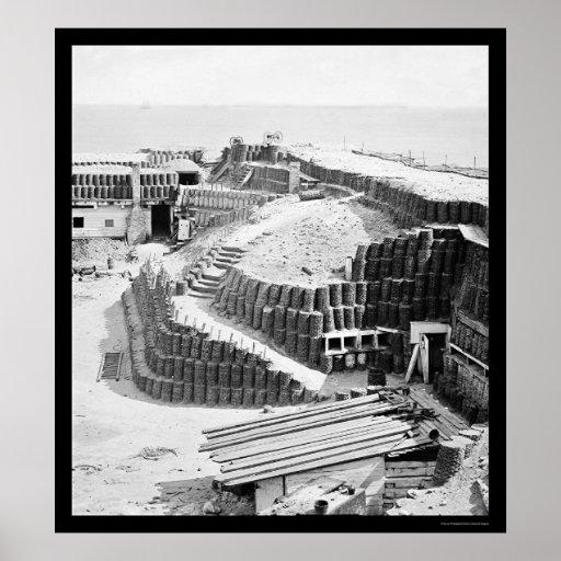 Interior del fuerte Sumter con Gabions 1865 Póster