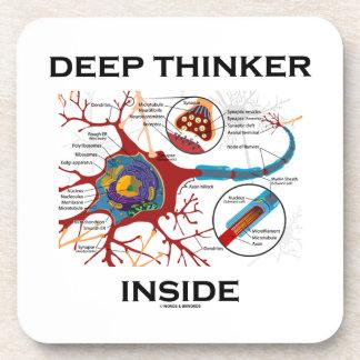 Interior del pensador profundo (sinapsis de la posavaso