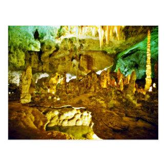 Interior encendido del parque nacional de las cave tarjeta postal