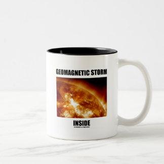 Interior geomagnético de la tormenta (llamaradas s tazas de café