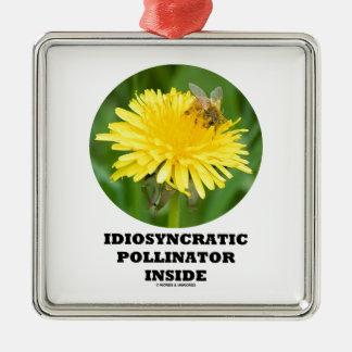 Interior idiosincrásico de la donadora de polen adorno cuadrado plateado