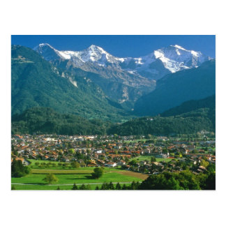 Interlaken y la gama de Jungfrau Tarjeta Postal
