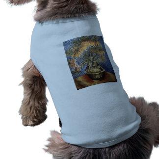 """Interpretación de """"Fritillaries en un florero de c Camisa De Mascota"""
