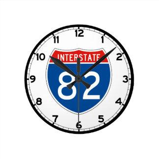 Interstate Sign 82 - Oregon Round Clock