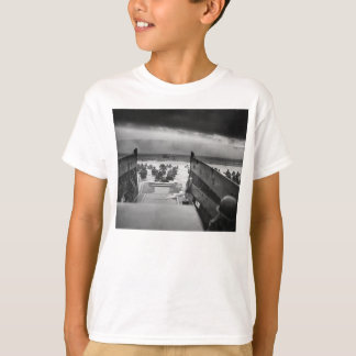 Into The Jaws Of Death LCVP World War II Omaha T-Shirt