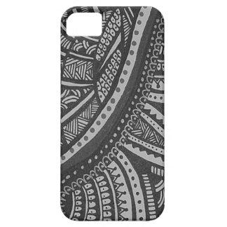 Intricate black n white handmade design iPhone SE/5/5s case
