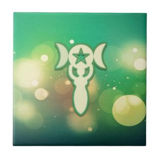 Intricate green pentacle tile