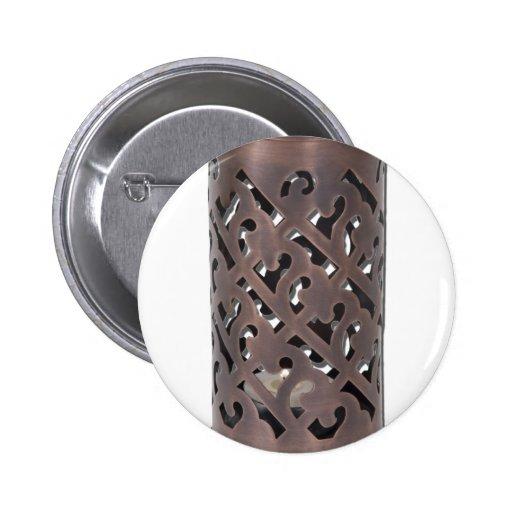 IntricateDarkBrassCandleHolder010212 Pin Redondo 5 Cm
