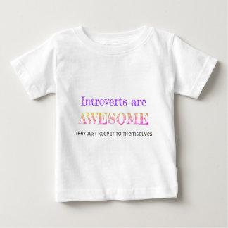 Introverts es impresionante playera de bebé