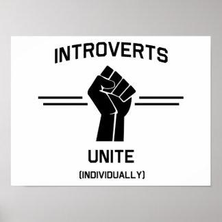 Introverts unen (individualmente) impresiones