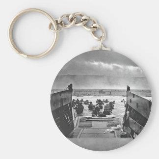 Invasión de Normandía en el día D - 1944 Llavero Redondo Tipo Pin
