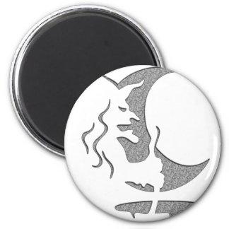 "Inversion Art ""Evil witch"" - grey / black dots Magnet"