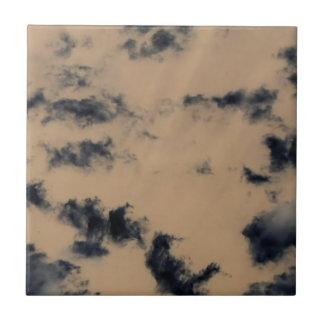 Inverted storm cloud pattern ceramic tile