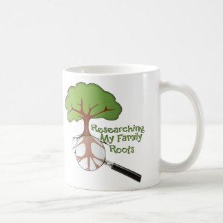 Investigación de mis raíces de la familia tazas de café