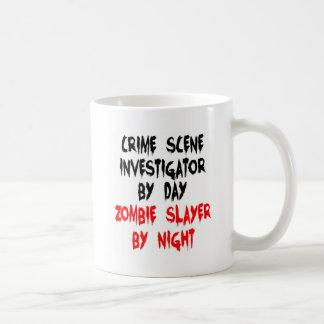 Investigador de la escena del crimen taza básica blanca
