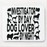 Investigador del amante del perro alfombrilla de ratón