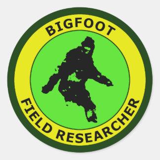 Investigador del campo de Bigfoot Etiquetas Redondas