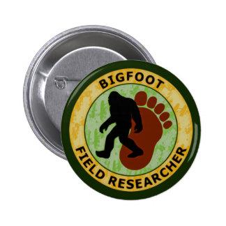 Investigador del campo de Bigfoot Pin Redondo De 2 Pulgadas