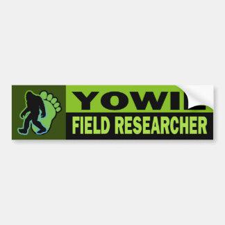Investigador del campo de Yowie Etiqueta De Parachoque