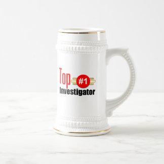 Investigador superior taza de café