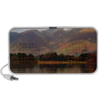 Invierno de Derwent del lago mountain en Cumbria iPhone Altavoz