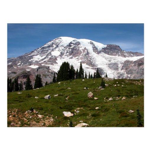 Invierno de la postal del esquí de la montaña