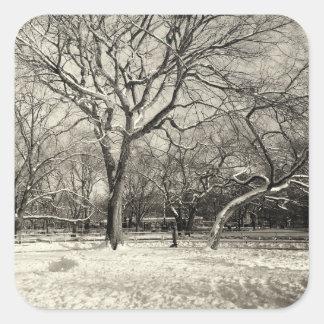 Invierno de Nueva York - nieve del East Village Calcomanías Cuadradas Personalizadas
