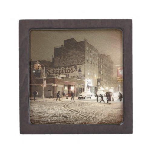 Invierno de Nueva York - nieve en la ciudad Caja De Regalo De Calidad