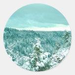 Invierno del paisaje de la montaña de Sedona Pegatinas Redondas