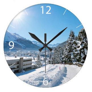 Invierno en St Moritz Reloj Redondo Grande