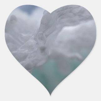 Invierno helado pegatina en forma de corazón