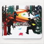 Invierno Paintball en las maderas Tapete De Raton