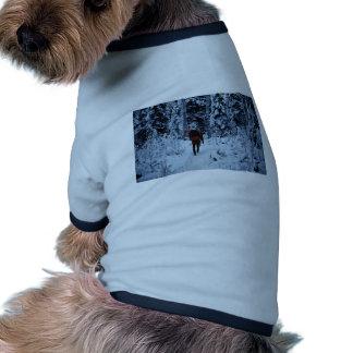 Invierno que hace excursionismo en la fauna nacion camiseta de mascota